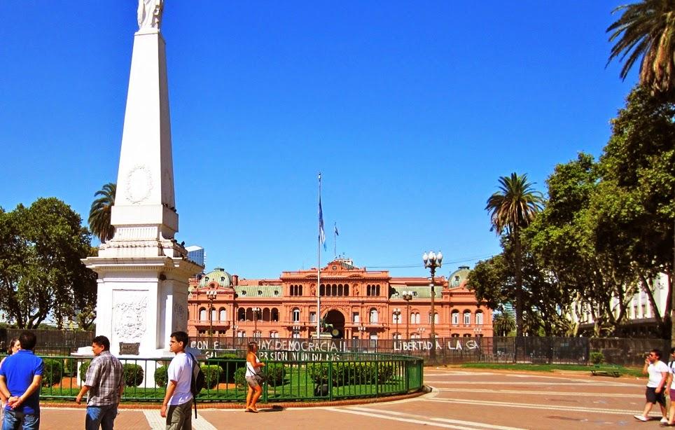 Centro da Plaza de Mayo em Buenos Aires