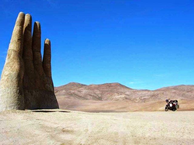 La Mano del Desierto no Deserto do Atacama