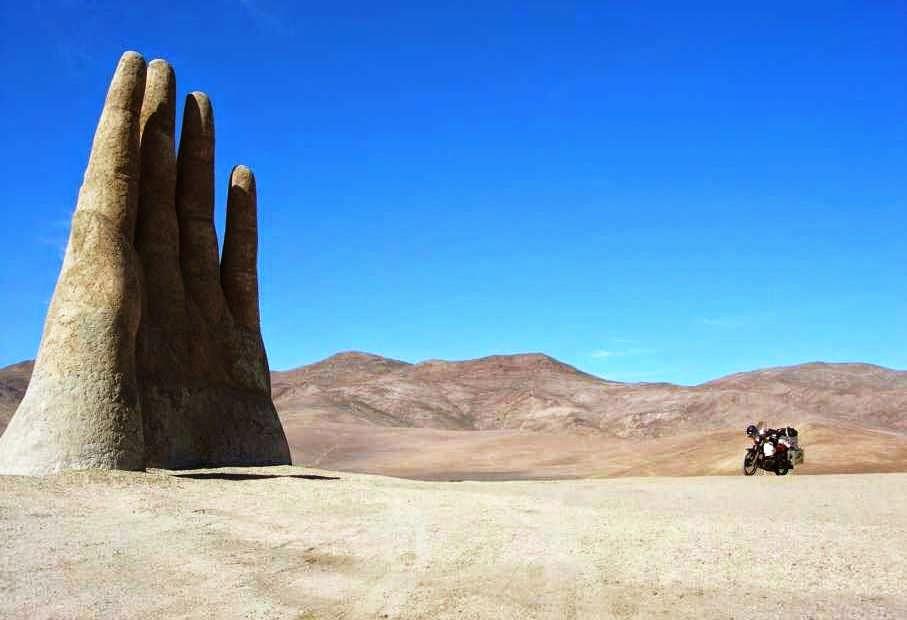 Dimensão de La Mano del Desierto no Deserto do Atacama