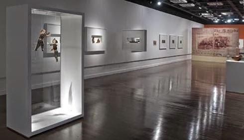 Interior do Museu Torres García em Montevidéu