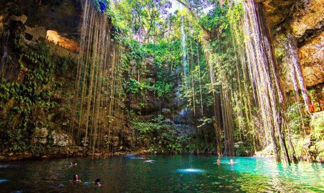 Cenote Ik Kil em Cancún | México