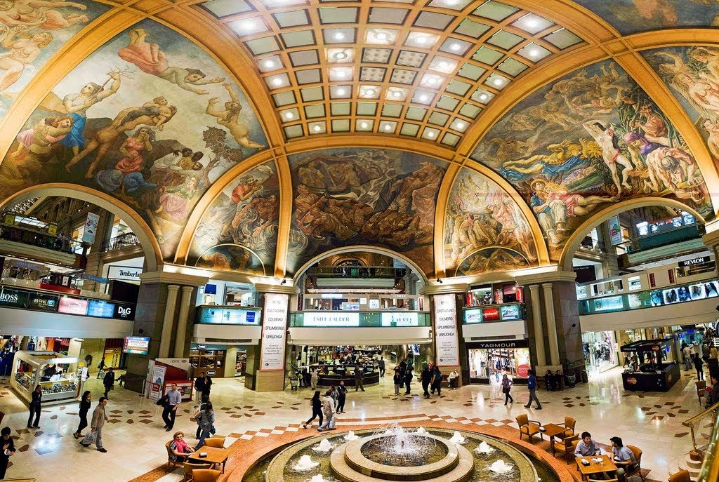 interior do Shopping Galerías Pacífico Buenos Aires na Argentina