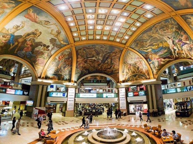 Compras no Shopping Galerías Pacífico Buenos Aires na Argentina