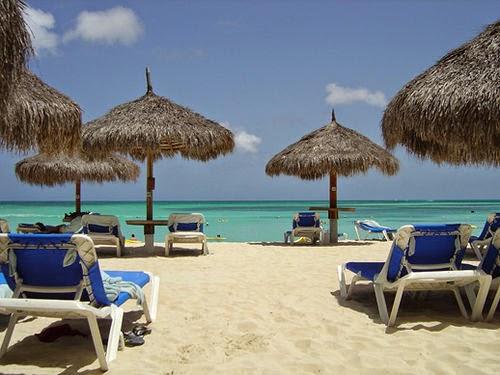 Praia Palm Beach Aruba