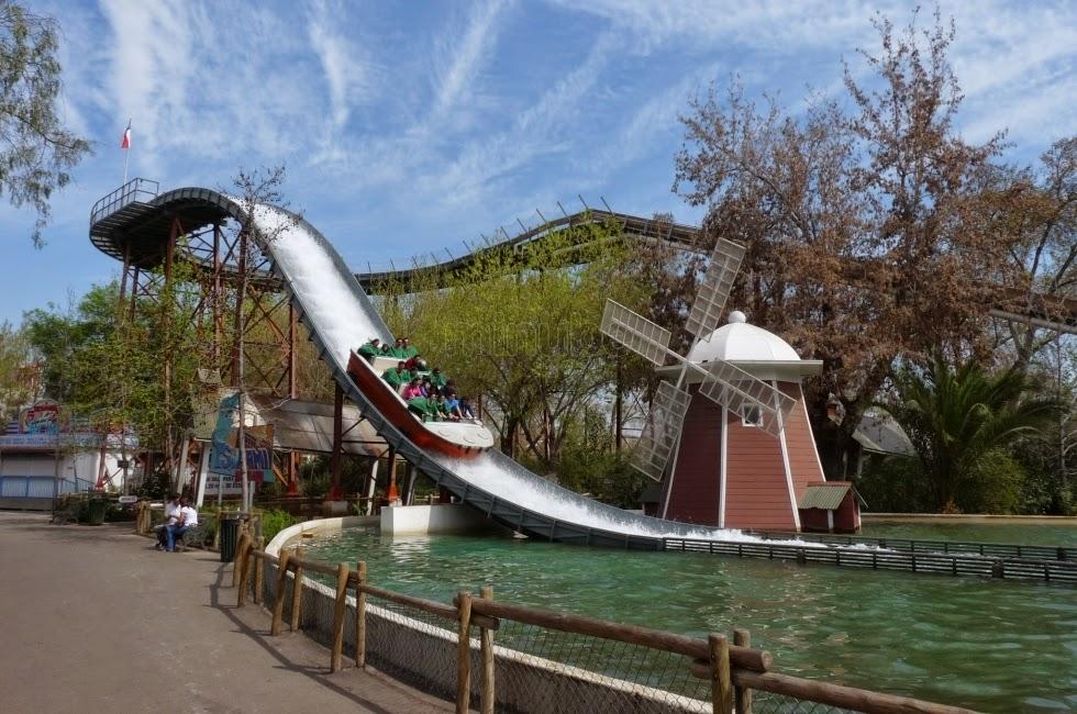 Splash no Parque de diversões Fantasilandia em Santiago do Chile