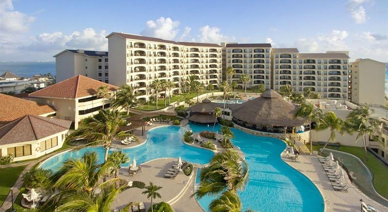 Hotel Emporio Hotel & Suites