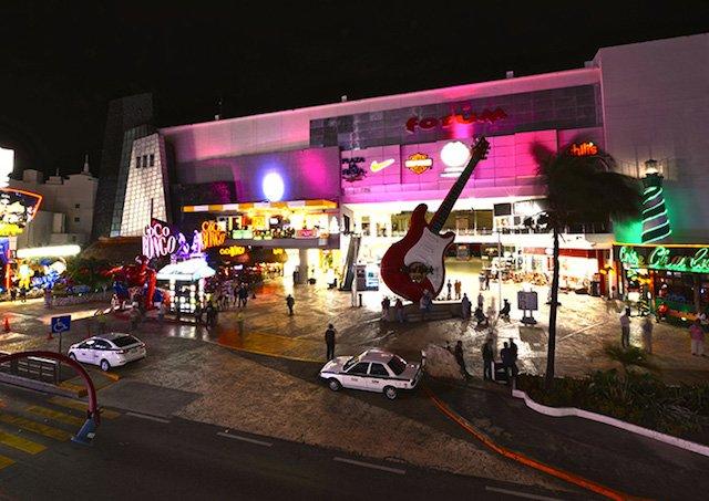 O que fazer à noite em Cancún | México