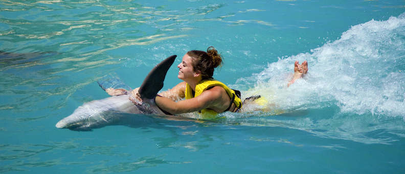 Dolphin Swim & Ride no Parque Dolphinaris Park em Cancún