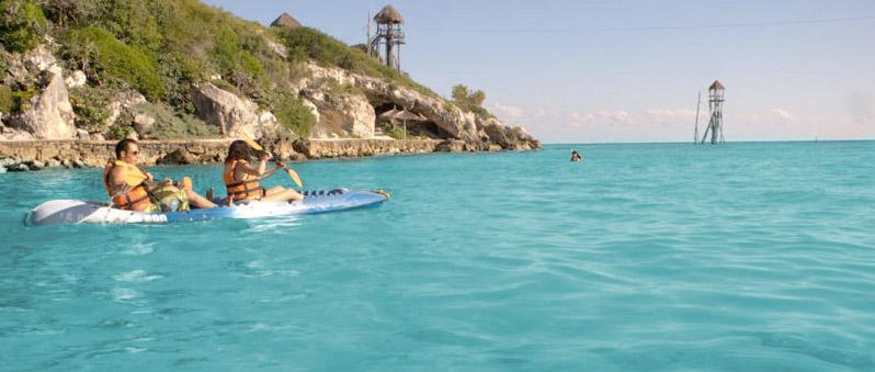 Caiaques no Parque Garrafon Natural Reef Park em Cancún