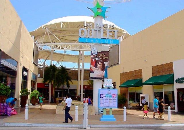 Las Plazas Outlet em Cancún no México