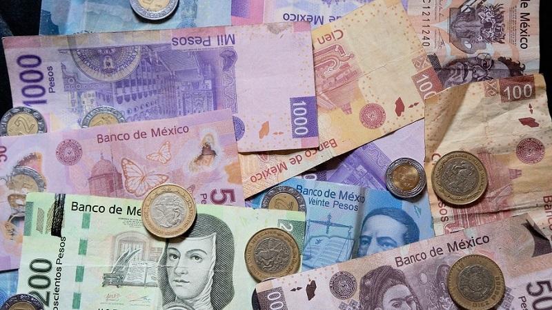 Pesos mexicanos no México