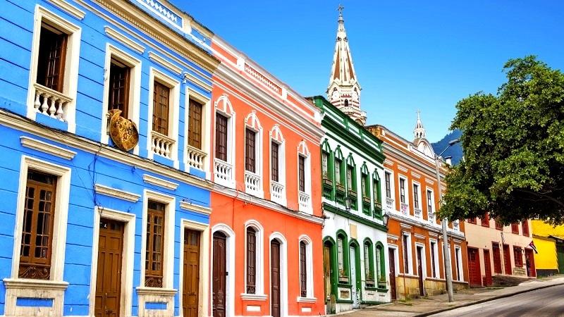 Arquitetura colombiana - patrimônio arquitetônico colonial espanhol